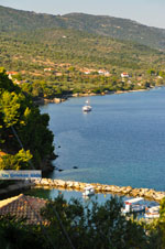 Van Steni Vala naar Agios Dimitrios   Alonissos Sporaden   De Griekse Gids foto 2