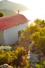 Uitzicht vanaf Agioi Anargiri klooster | Alonissos Sporaden | De Griekse Gids foto 10